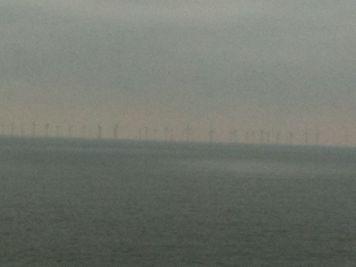 スェーデン側の風力発電所
