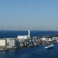 千葉ポートタワー@千葉県千葉市>東京湾越しに見るスカイ ツリー