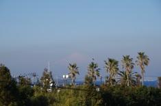 浜金谷駅から見た富士山