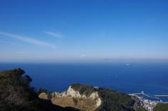 対岸は三浦半島