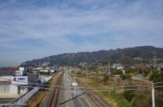 保田駅から見た鋸山
