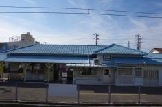 駅構内からみた改札口