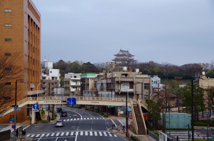 駅から見た千葉城