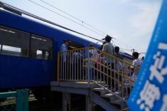 京急久里浜駅への臨時列車