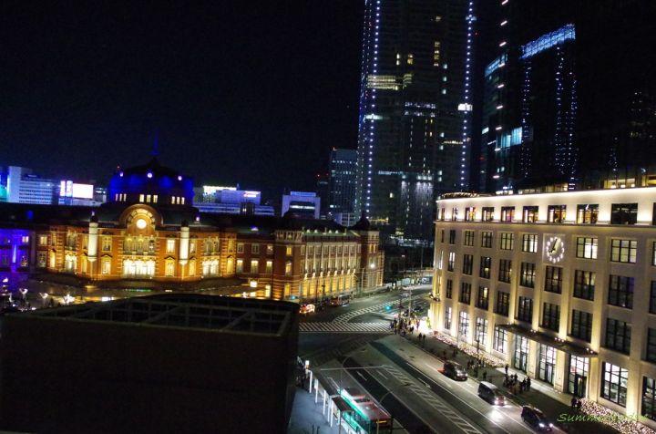 東京駅丸の内南口とKITTE