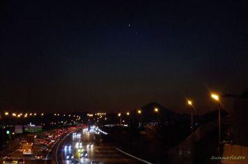 富士山の上空に金星と水星