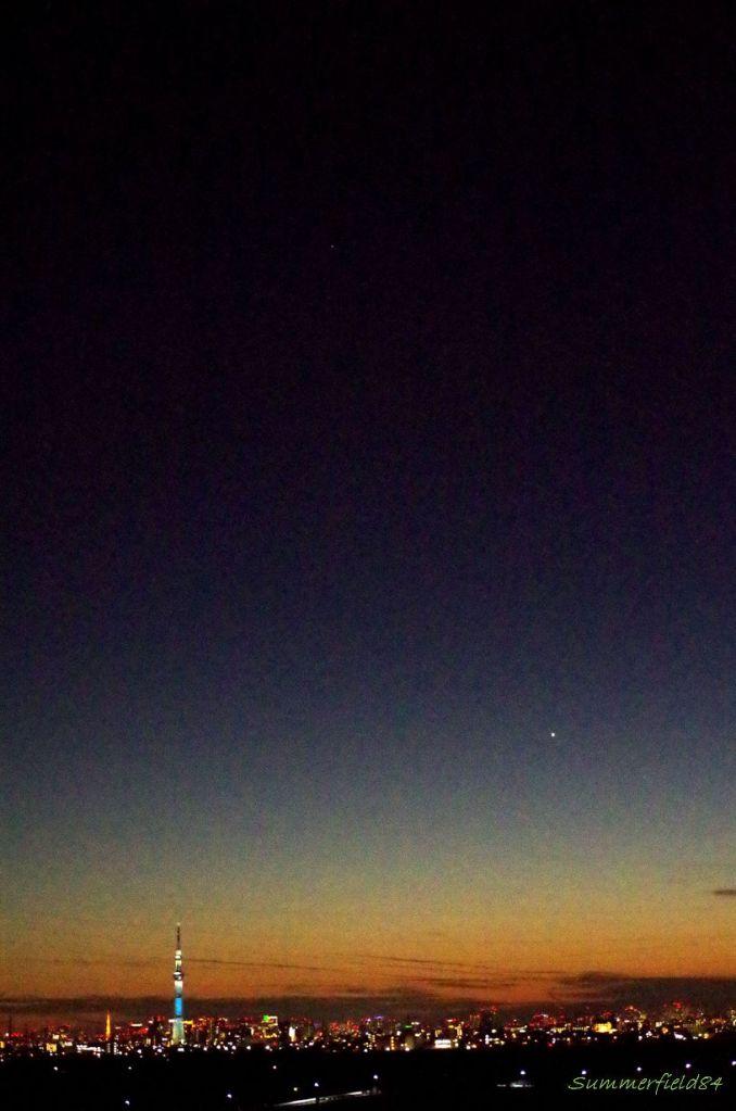 中央上部に火星:見えますか?