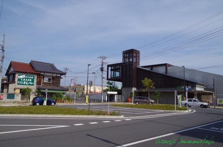 最寄りの木下駅北口ロータリー